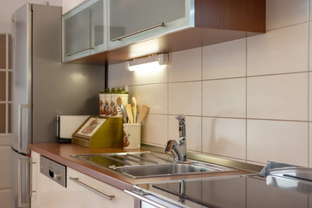 Kitchen sink and kitchen worktops in the Villa Roglic